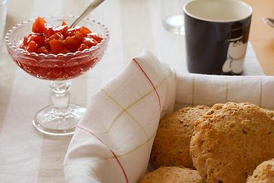 scones med turkisk yoghurt